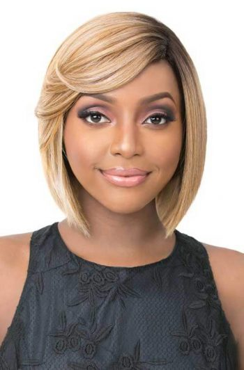 Its A Wig Annalise Model Blonde Front