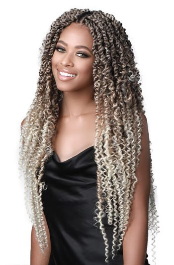 "Bobbi Boss Passion Twist Bobo 18"" Model Front"